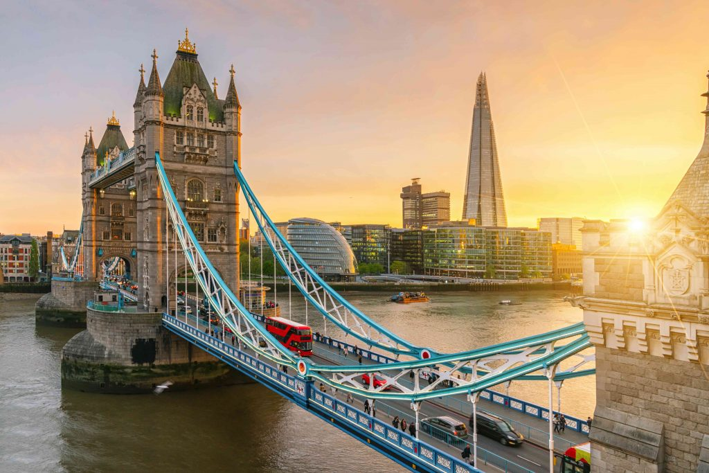 Explore England easily and affordably