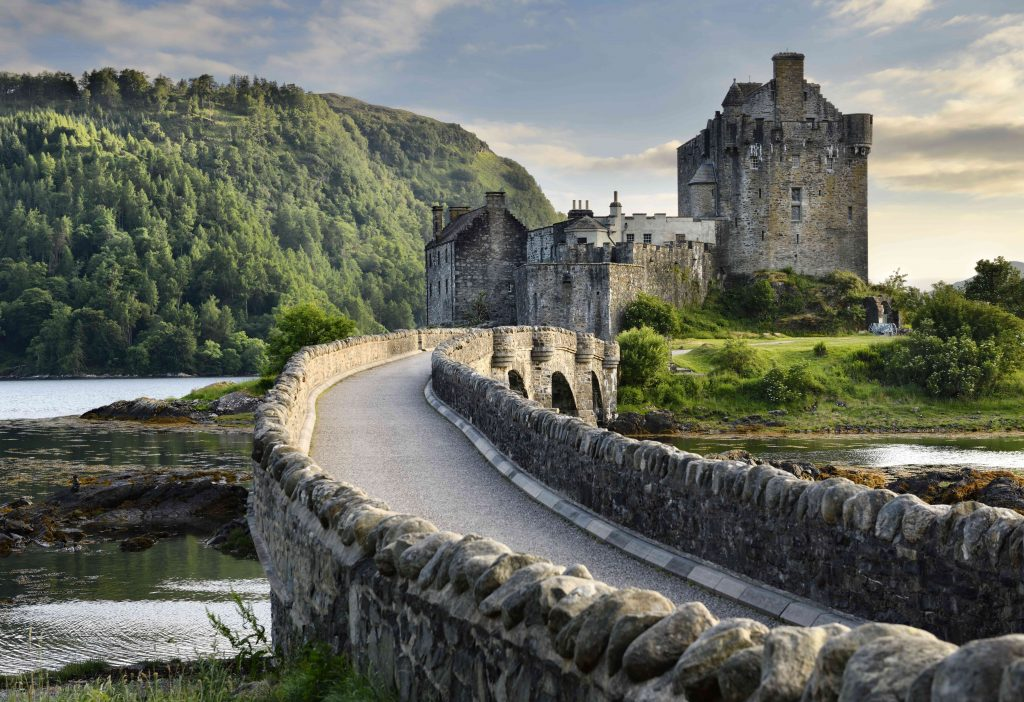 Explore Scotland easily and affordably